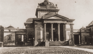 Image of The Tlomackie Synagogue in Warsaw.