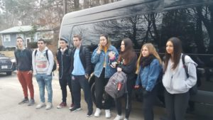 Image of 2018 Marchers boarding the bus from Aaron kischel's house.