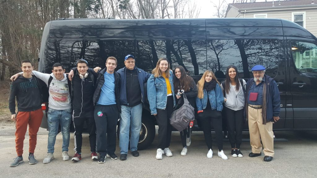 Image of 2018 Marchers boarding the bus from Aaron kischel's house