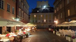Image of Warsaw outdoor café at night scene.