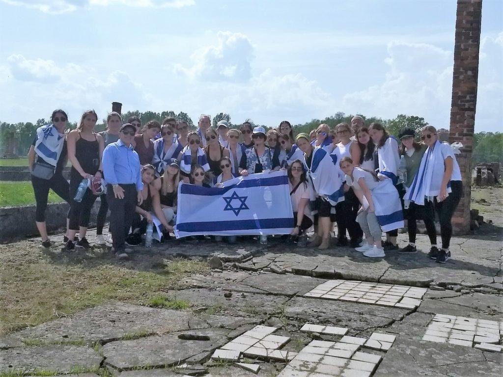 MOTL Students at Auschwitz Birkeneau