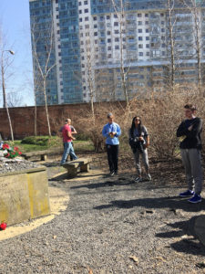 Image of MOTL students at Warsaw Cemetery.